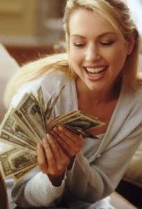 Как зарабатывать, путешествуя или сидя дома в халате, большие деньги?